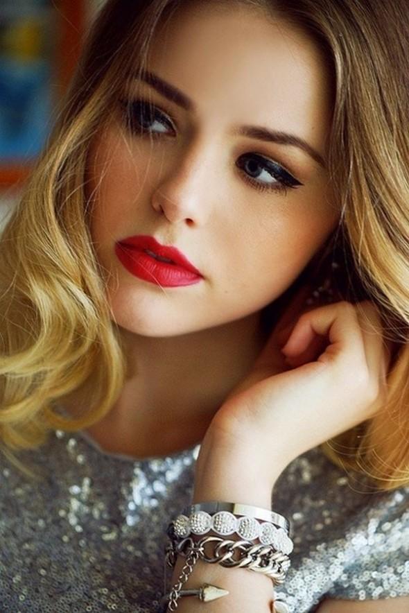 lips-makeup-ideasred-lips-makeup-tipsmakeup-tips-for-thin-lipsfull-lips-makeup-tipsmakeup-tips-for-big-lips-07-590x884