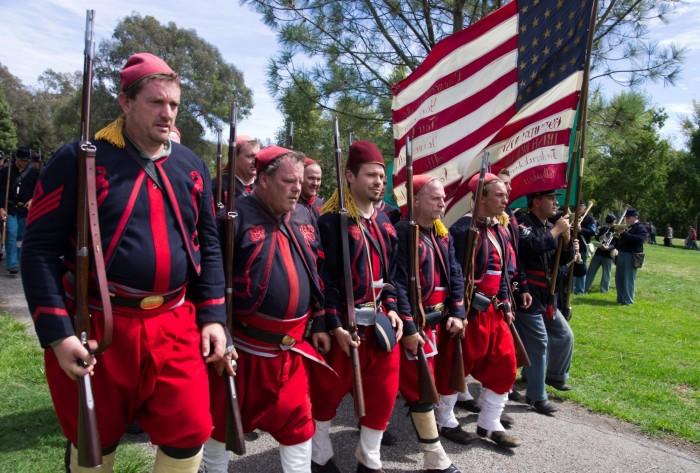 130831-1981ParadeReviewZouaves