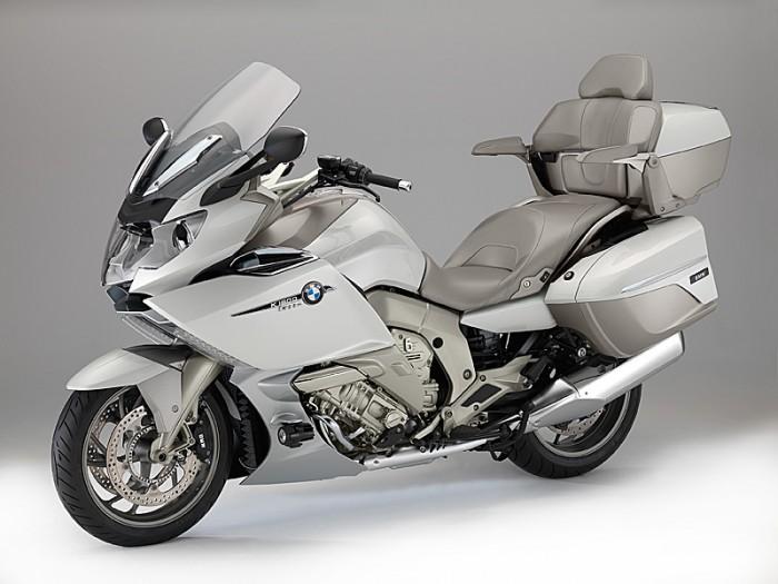 2014-BMW-K1600GTL-Exclusive-lt-qrtr