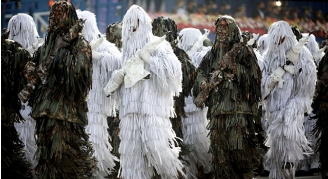 Photo of Top 10 Strangest Army Uniforms In The World