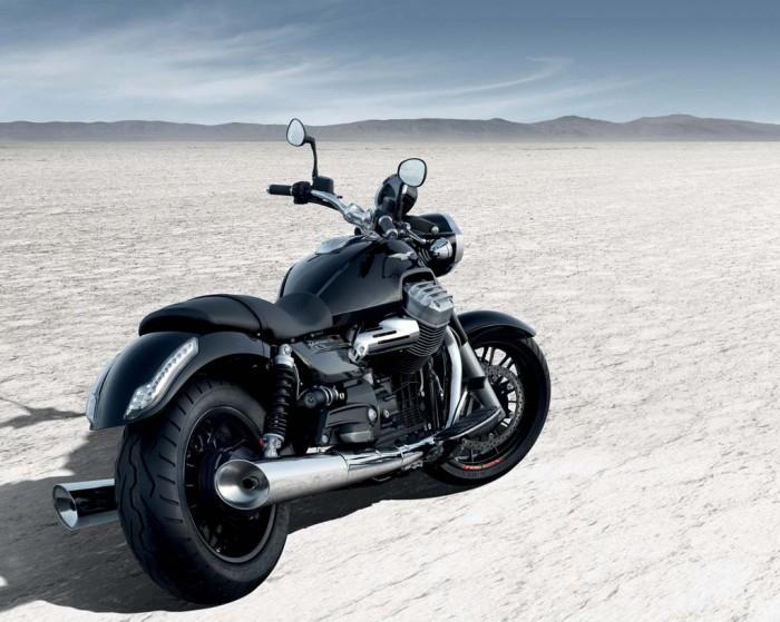 The-New-Moto-Guzzi-California-1400-Custom-5