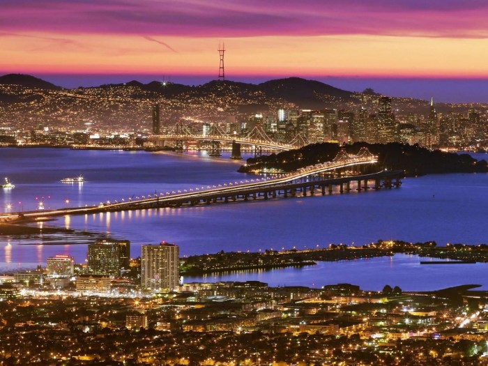 View_of_Downtown_San_Francisco_at_Dusk_From_the_Berkeley_Hills_California