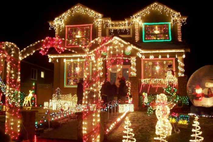decorating-ideas-gorgeous-christmas-light-outdoor-decoration-with-snowman-frames-outstanding-christmas-decorations-for-your-lawn