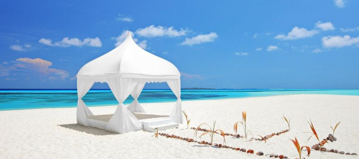 destinations-weddings-in-the-maldives-hero