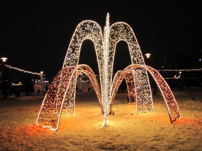 home-design-christmas-home-decorating-ideas-outdoor-2014-exterior-captivating-easy-mountain-shaped-outdoor
