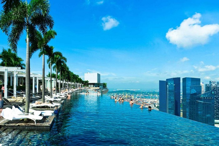 infinity_pool_design_at_marina_bay_sands_five_singapore_buildings_you_d_love_to_see_in_melbourne___urban