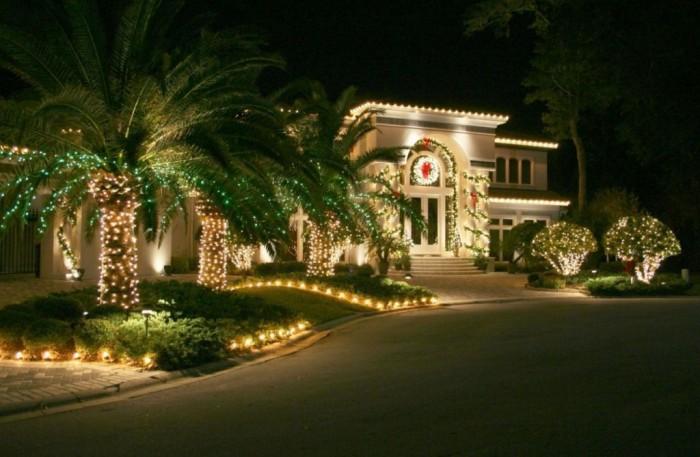 outdoor-christmas-light-decorating-ideas-543b748e31e5a