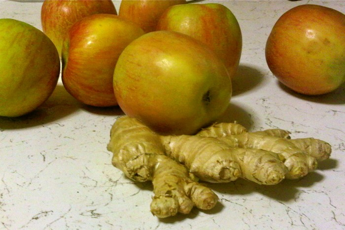 Apple and ginger cleanse