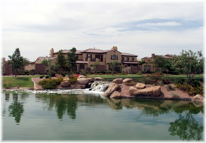 Fulton-Ranch-Waterfront-Home-in-Lake-community-Chandler-az