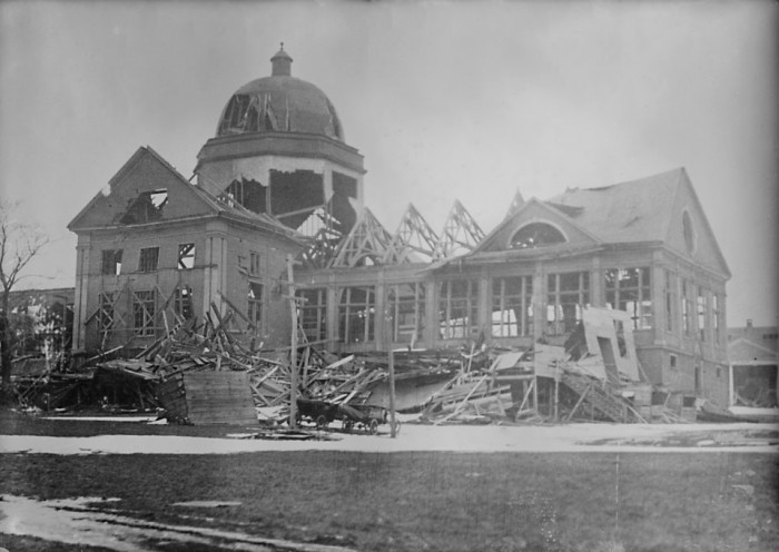 Halifax_Explosion_Aftermath_LOC_2_-_restored