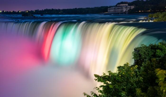 P0702-Niagara Falls Colors-Medium