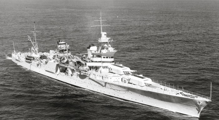 USS_Indianapolis_(CA-35)