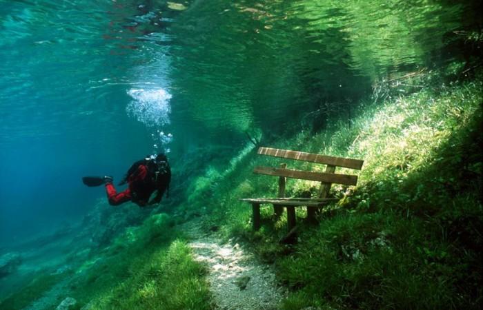 Underwater park, Green Lake in Tragoess, Austria