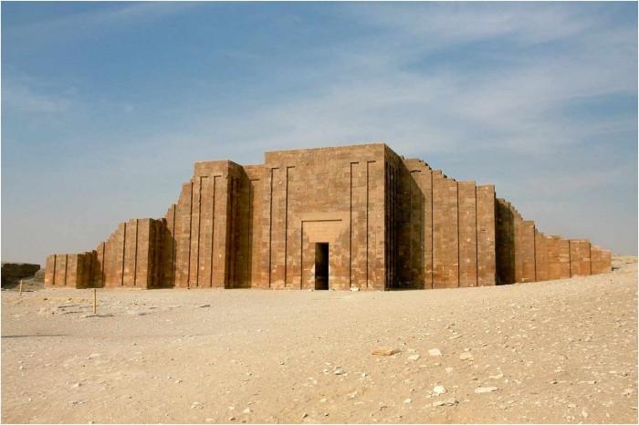 Visit-Sakkara---Memphis-in-Half-Day-Tour-in-Cairo