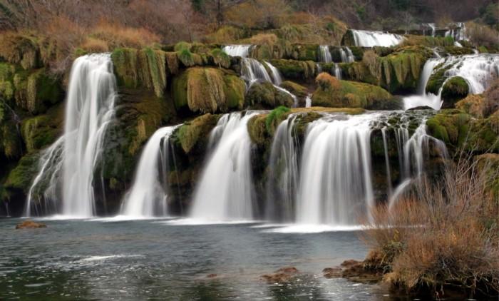 croatia_waterfalls__plitvice_lakes_national_park