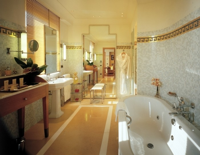 hotel_martinez_cannes_penthousesuite_bathroom