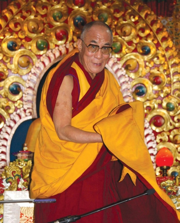 top 10 most influential & greatest leaders Dalai-Lama-008