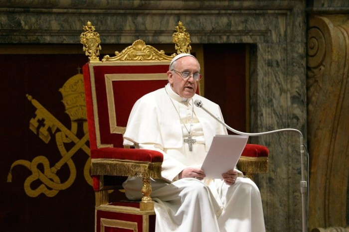 top 10 most influential & greatest leaders Pope-Francis-pleads-for-peace-in-Syria-011