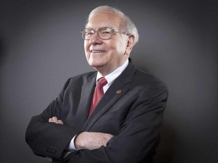 top 10 most influential & greatest leaders Warren Buffett-013