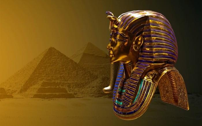 tutankhamun-statue-3d-736x459