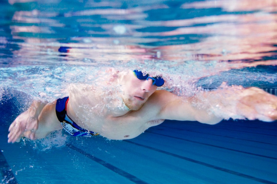 swimming techniques and physics essay