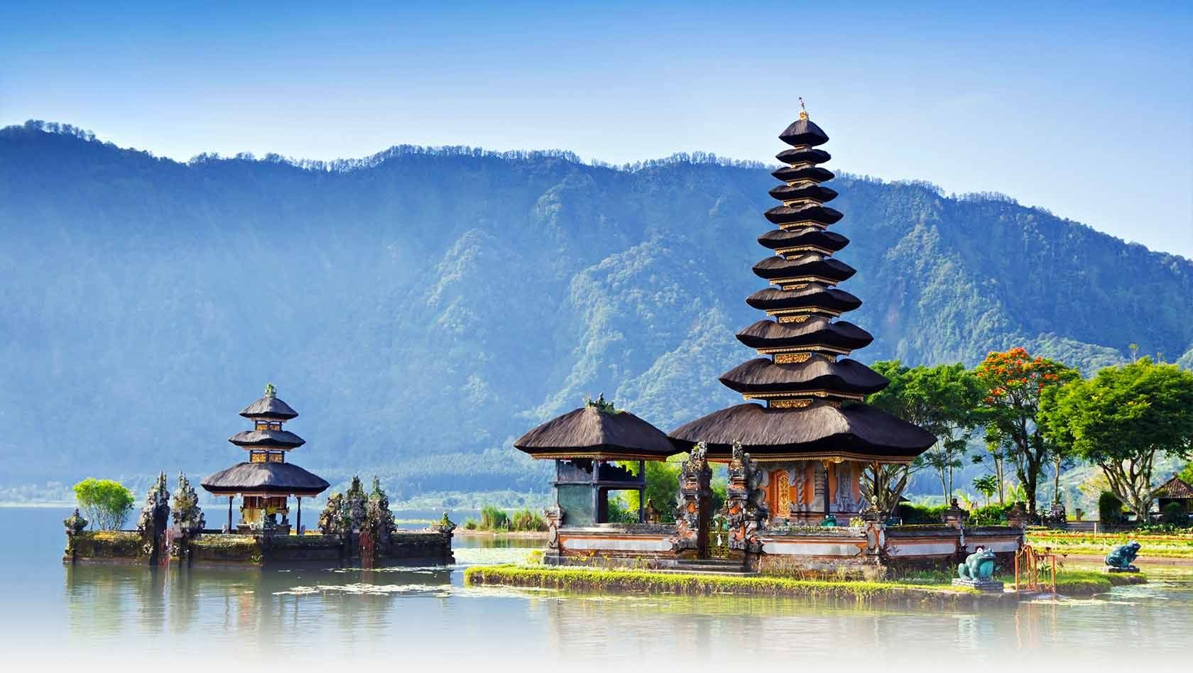 Photo of Top 10 Most Stunning Tourist Attractions In Indonesia