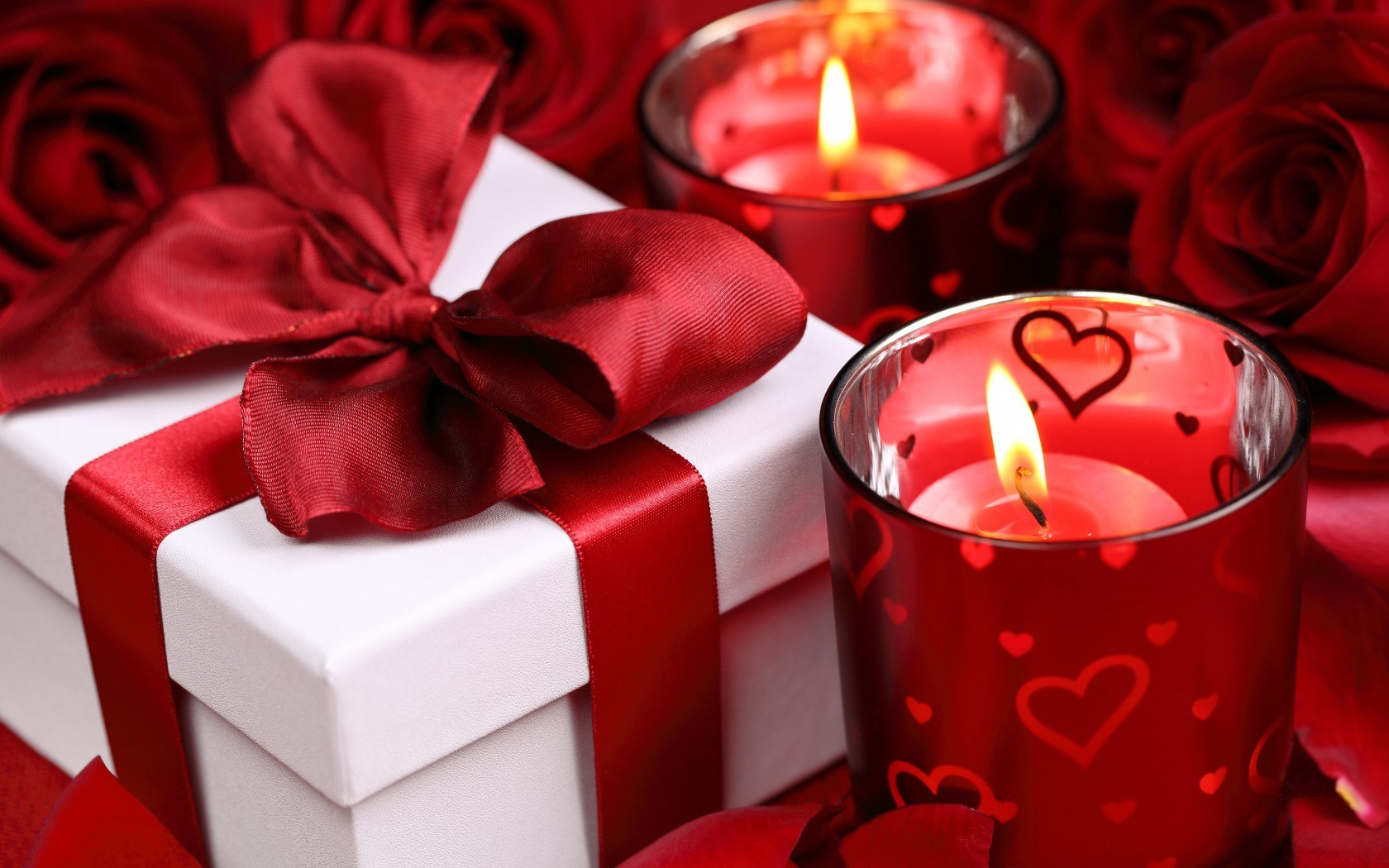 6915484-roses-gift-candles-hearts-valentines-day-love