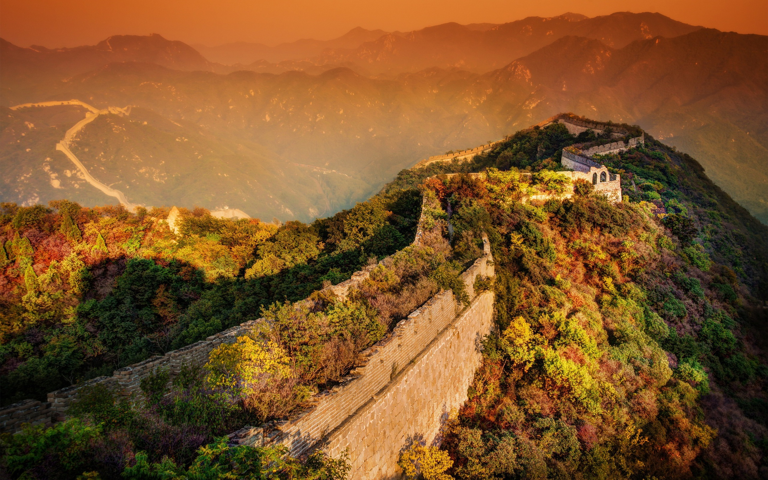 6951636-sunset-in-great-wall-of-china-wallpaper