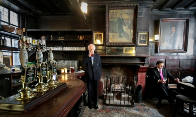 Photo of Top 10 Oldest Inns in London