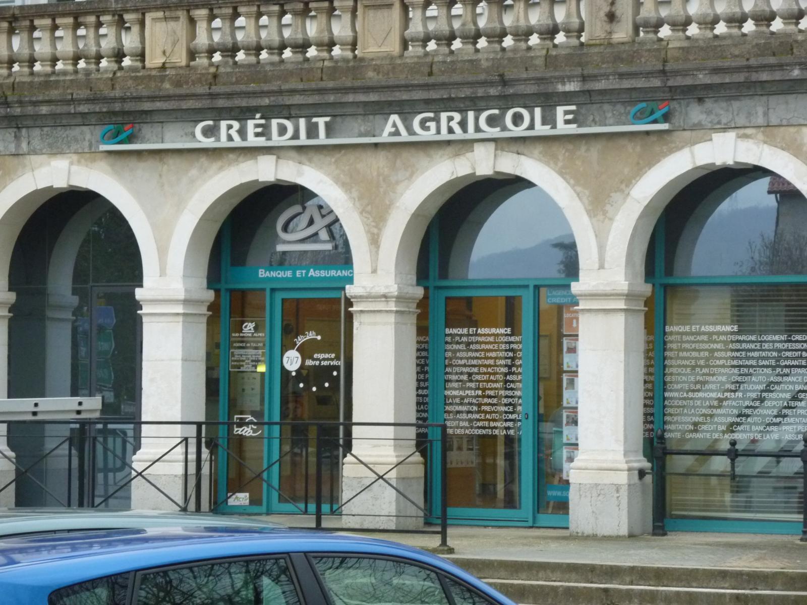 Crédit Agricole b