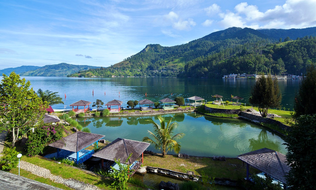 Fishing-Place-at-Lake-Toba-Medan-Indonesia
