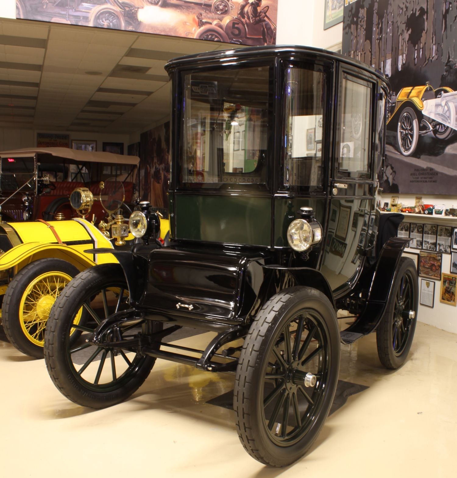 Jay Leno Restores a century Old Electric Car