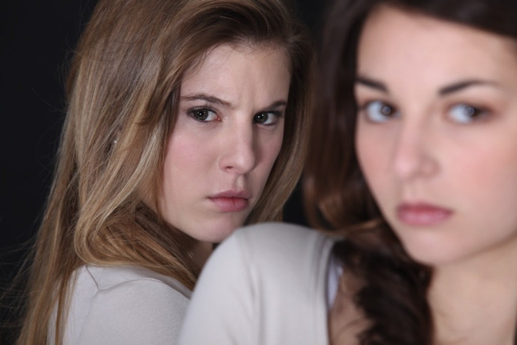 Top 10 Best Steps to Deal with Jealousy& Control It (8)