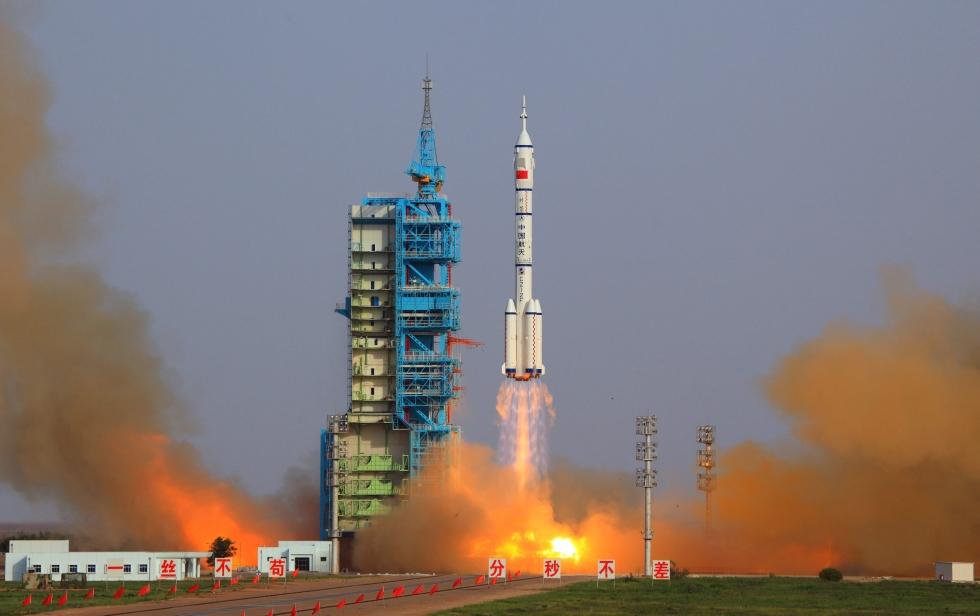 china_spacecraft_launch_fuz102_29333453