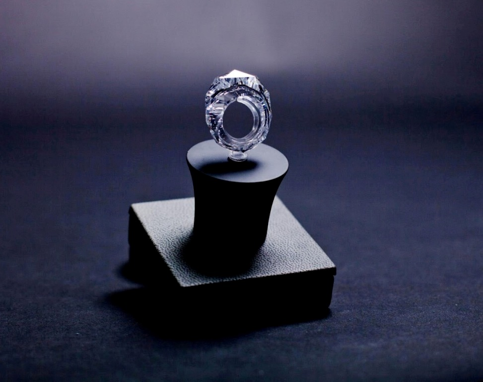 nextchanel-All-worlds-first-diamond-ring