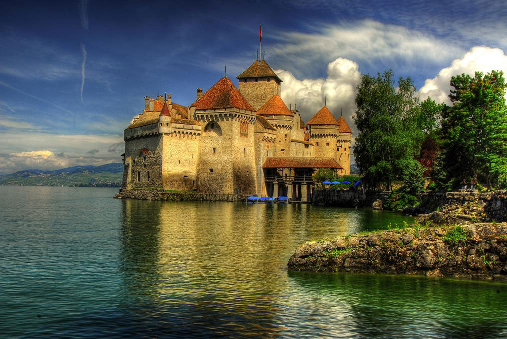 Castle-of-Chillon,-Montreux,-Switzerland