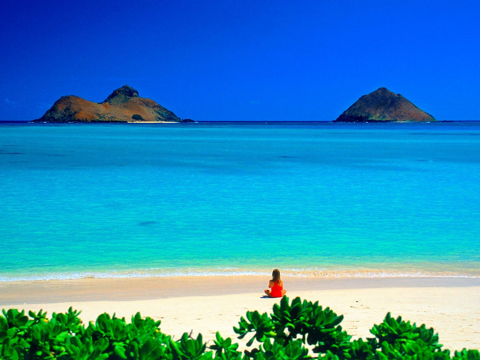 Beautiful-Lanikai-Beach-Hawaii