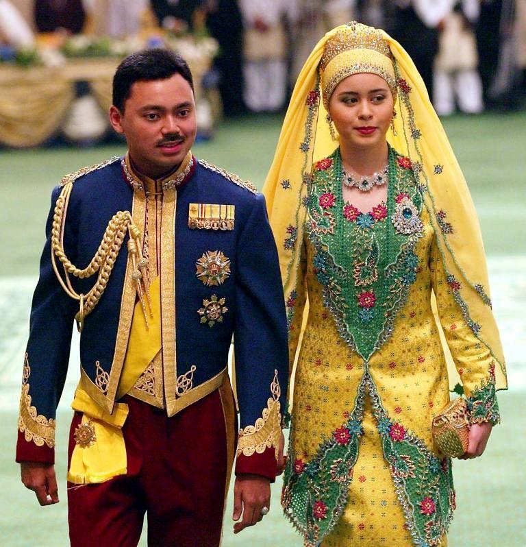 Prince Al-Muhtadee Billah of Brunei & Sarah Salleh.