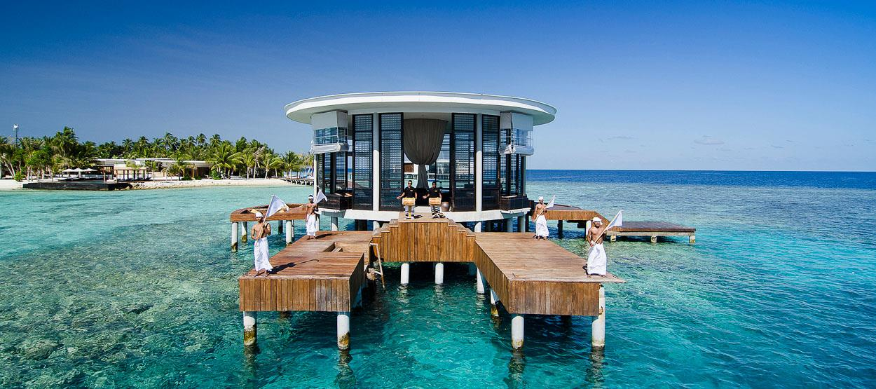 destinations-resorts-in-maldives-hero