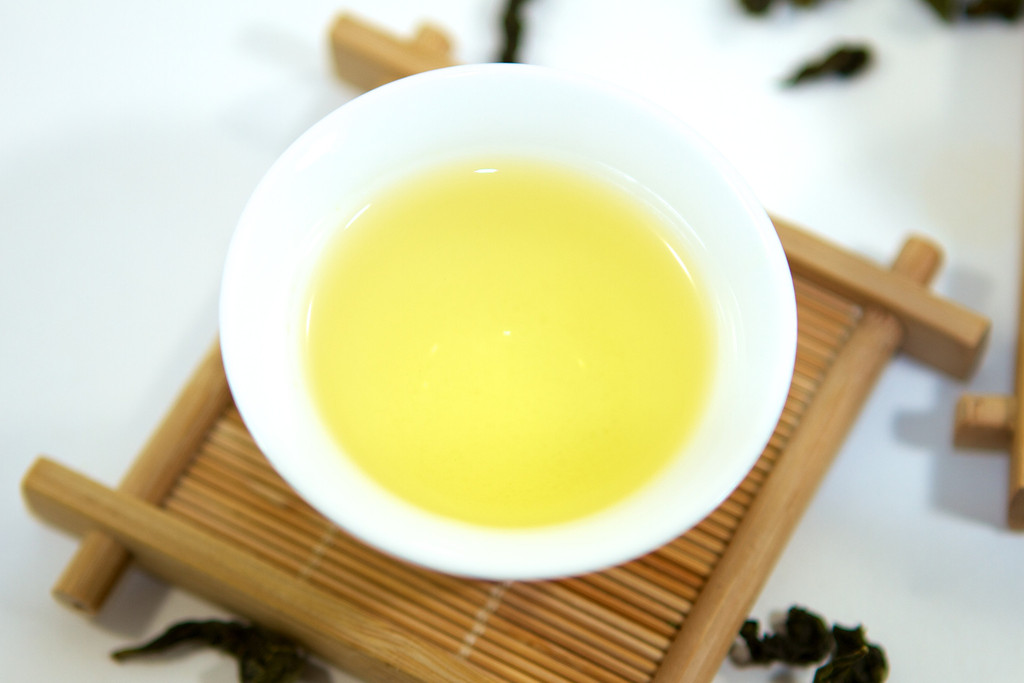 anxi-tieguanyin-iron-bodhisattva-oolong-tea-from-fujian_1024x1024