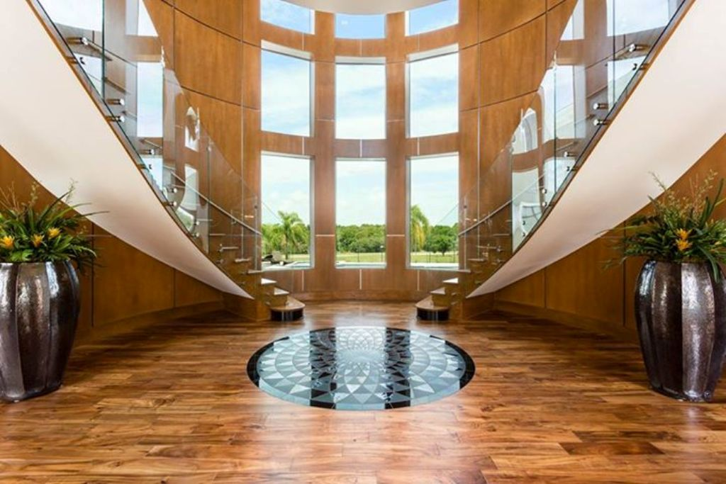 Exterior: Top 10 Best Real Estate Photographers In The World