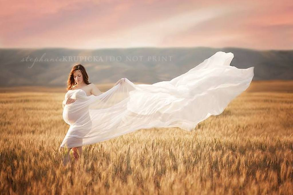 Photo of Top 10 Best Maternity Photographers in the World