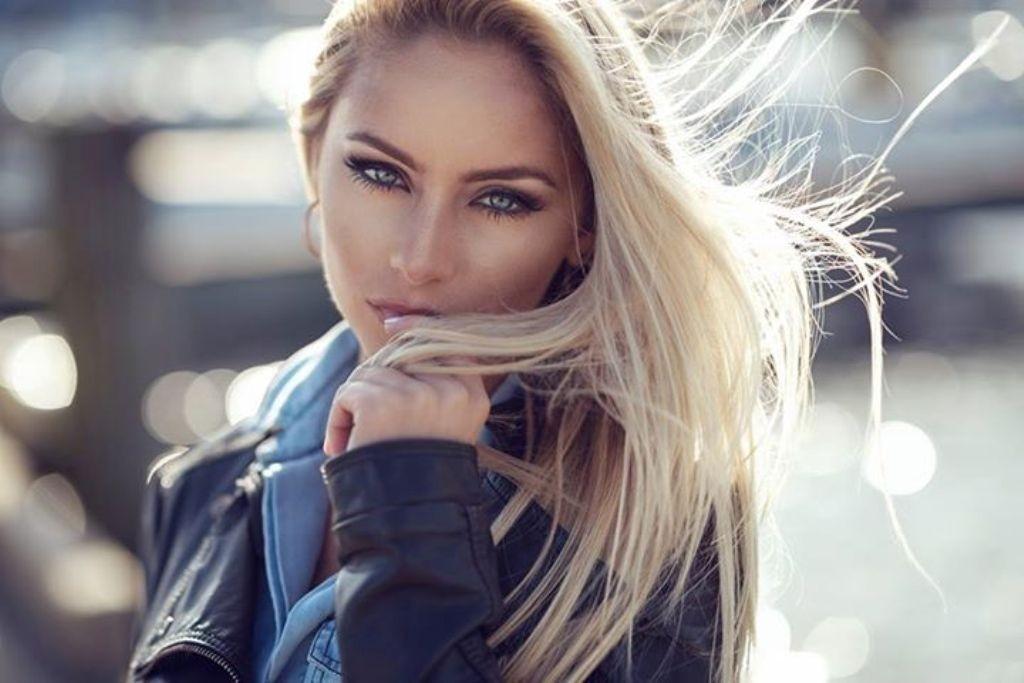 Dani Diamond (2)