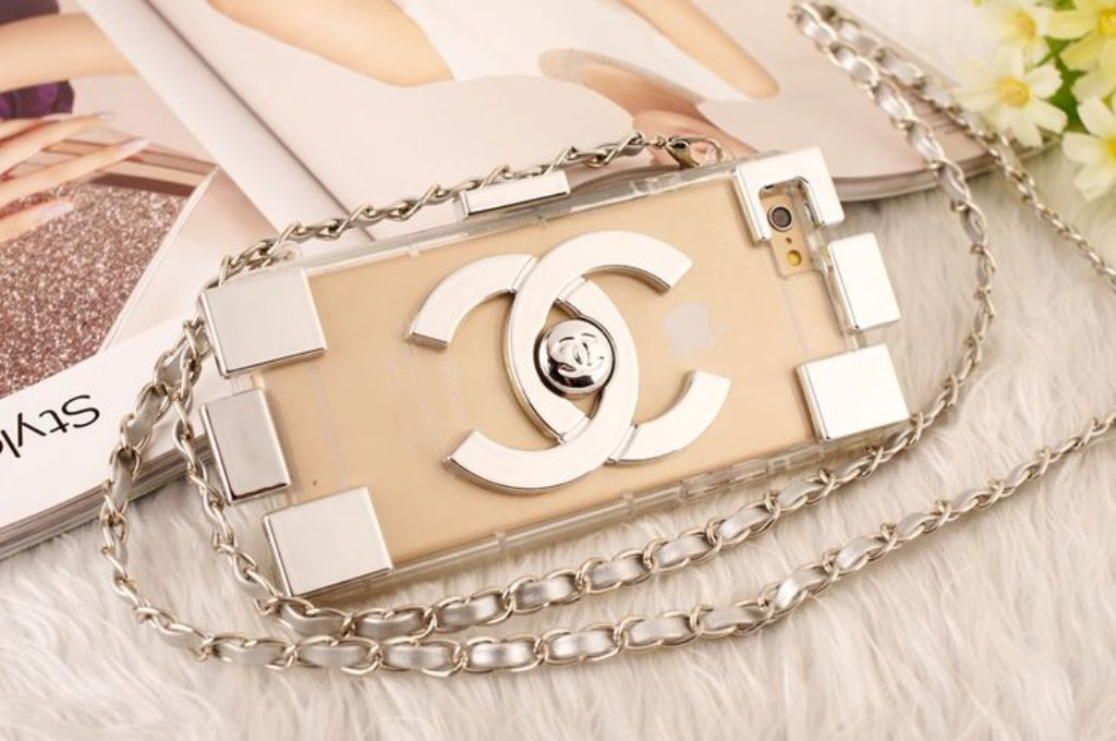 iPhone clutch (1)