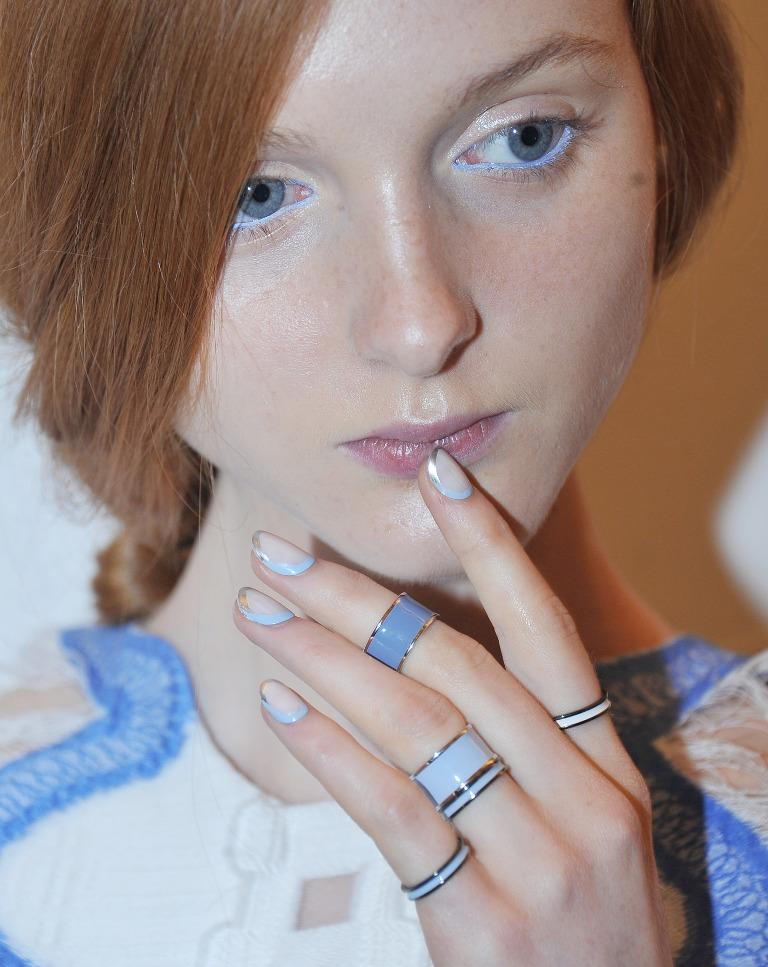 matchy nails (1)