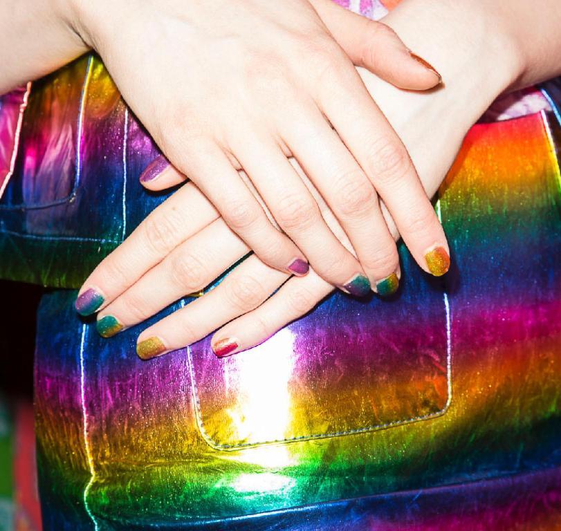 matchy nails