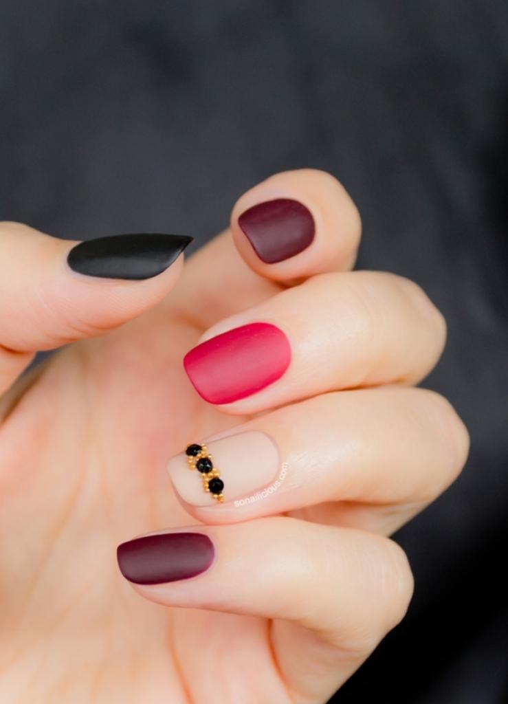 matte nails (2)
