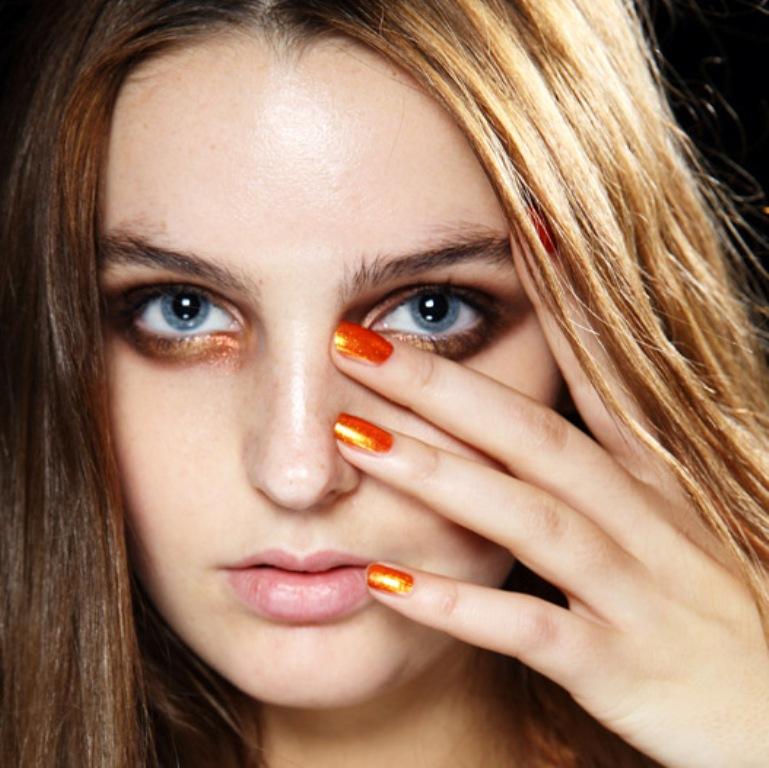 metallic nails (2)