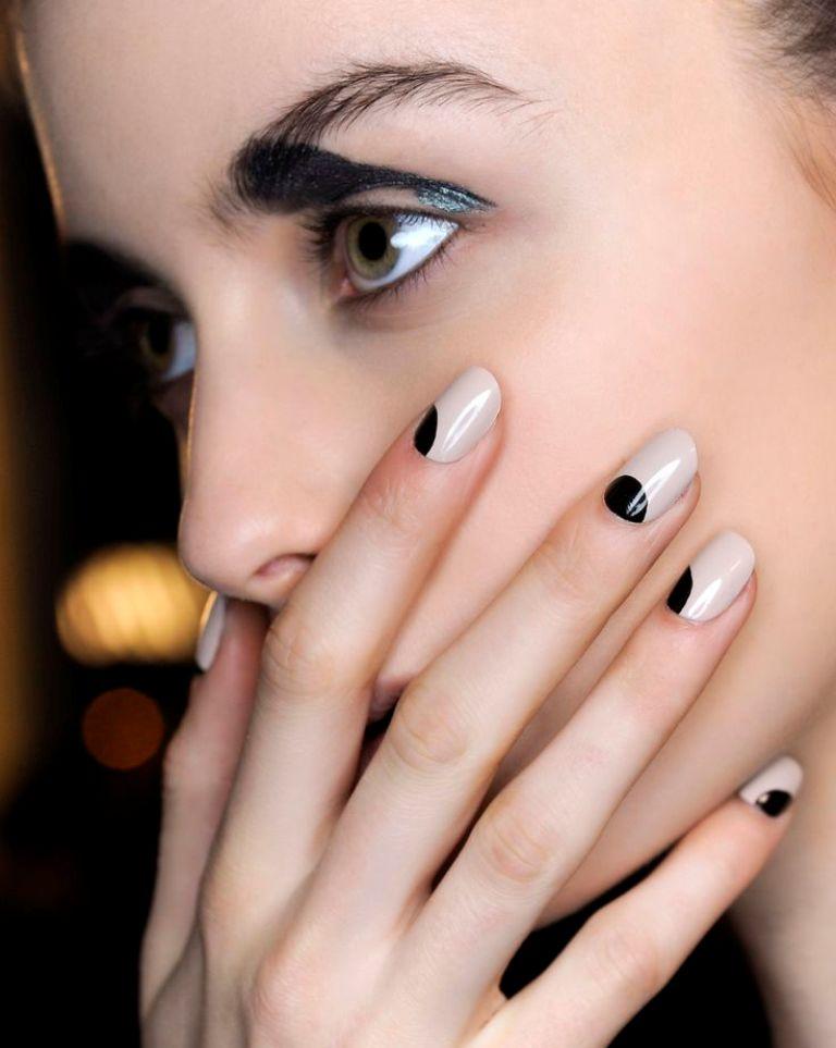 minimal nails (2)
