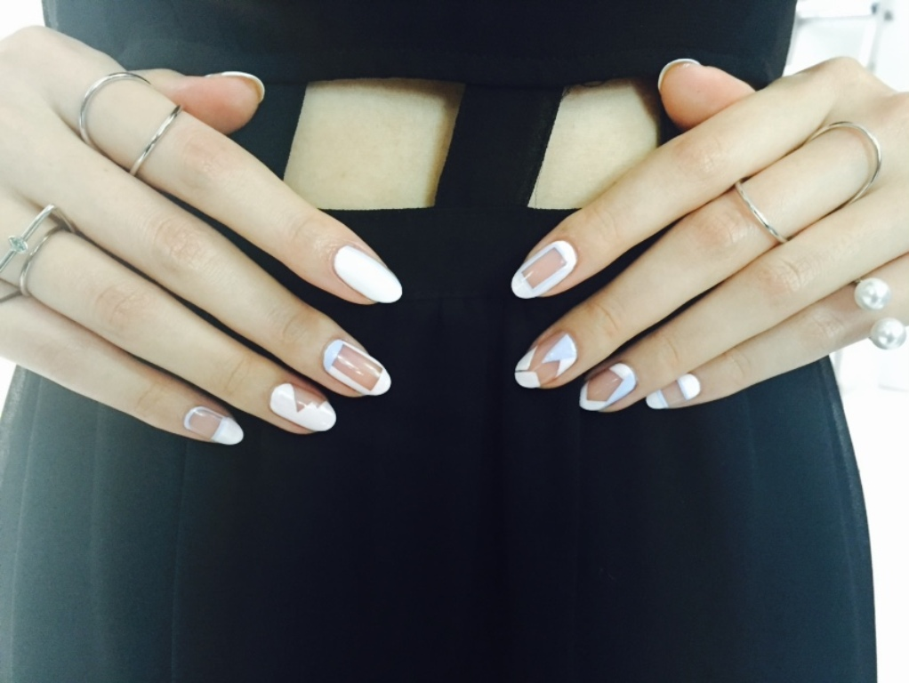 negative space nails (6)